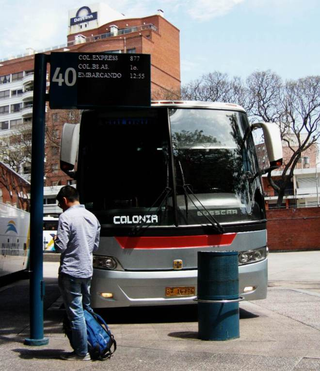 Montevideo Bus nach Colonia