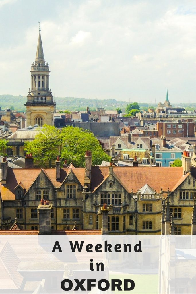 Oxford is one of the prettiest city's in England and there is just so much to see and do here. Check out my guide and top tips on what to do, see and eat in Oxford.