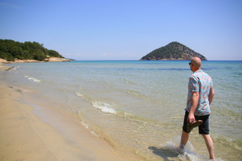 Paradise beach on the east coast of Thassos is one of the best beaches on the island - very quiet and fantastic sea views with a great taverna