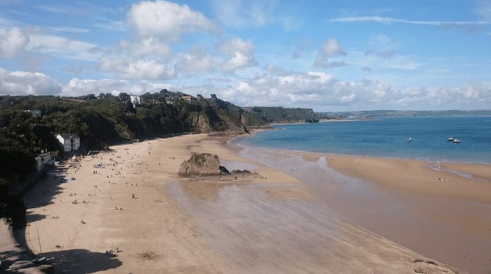 The pembrokeshire coastline is a beautiful holiday spot with great beaches like freshwater west, barafundle bay, marloes and manorbier