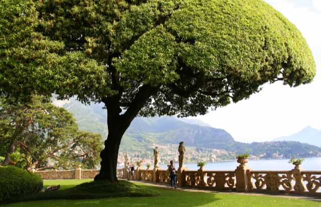 Top 5 things to do On Lake Como - 1. Villa Balbianello