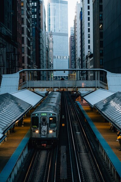 what to do in Chicago with kids - Ride the L
