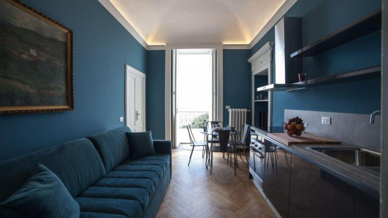 modern family apartment hotel Lake Maggiore Ghiffa with lake view