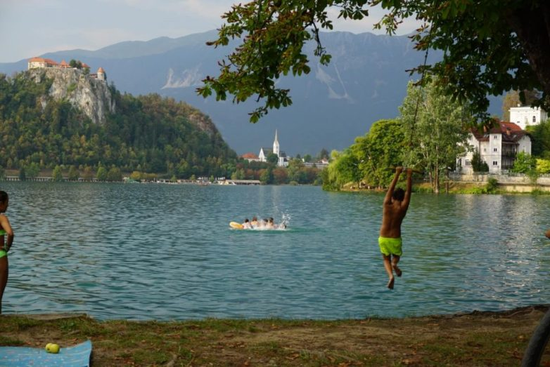 where do the locals eat Lake Bled