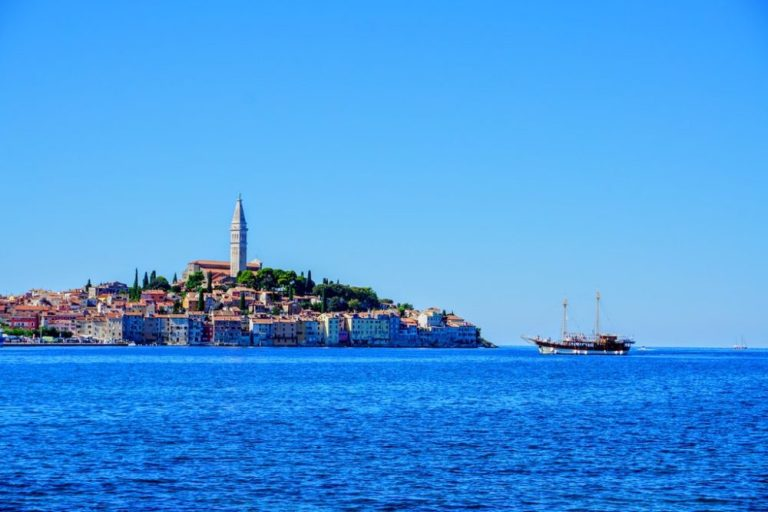 rovinj - like Dubrovnik or Game of thrones fame. Istria travel guide in photo's