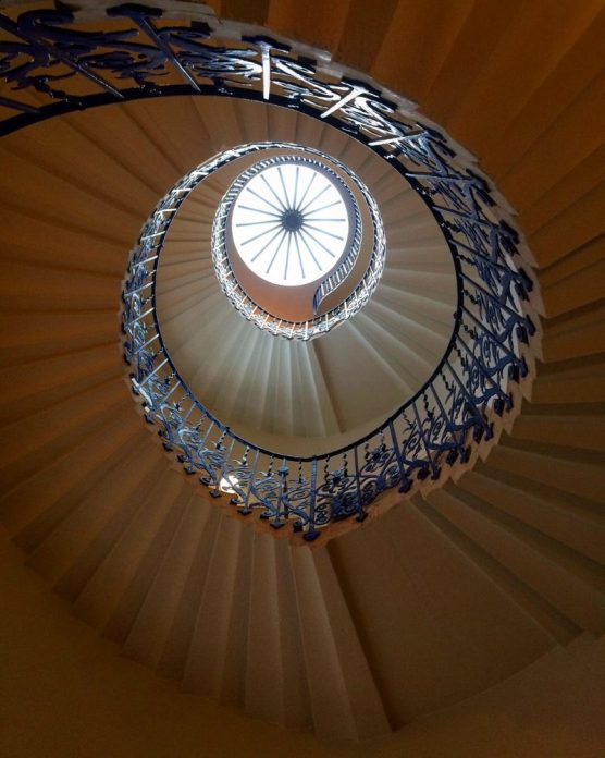 the famous tulip staircase at the Queens House in Greenwich - one of the best things worth seeing in this London neighbourhood