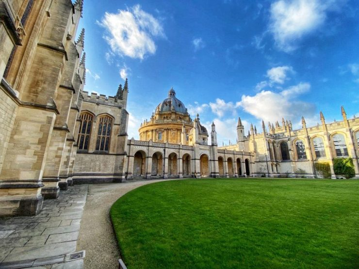 Oxford things to do - visit the colleges