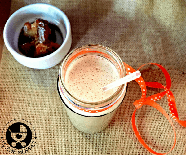Kerala Banana Dates Milkshake Recipe