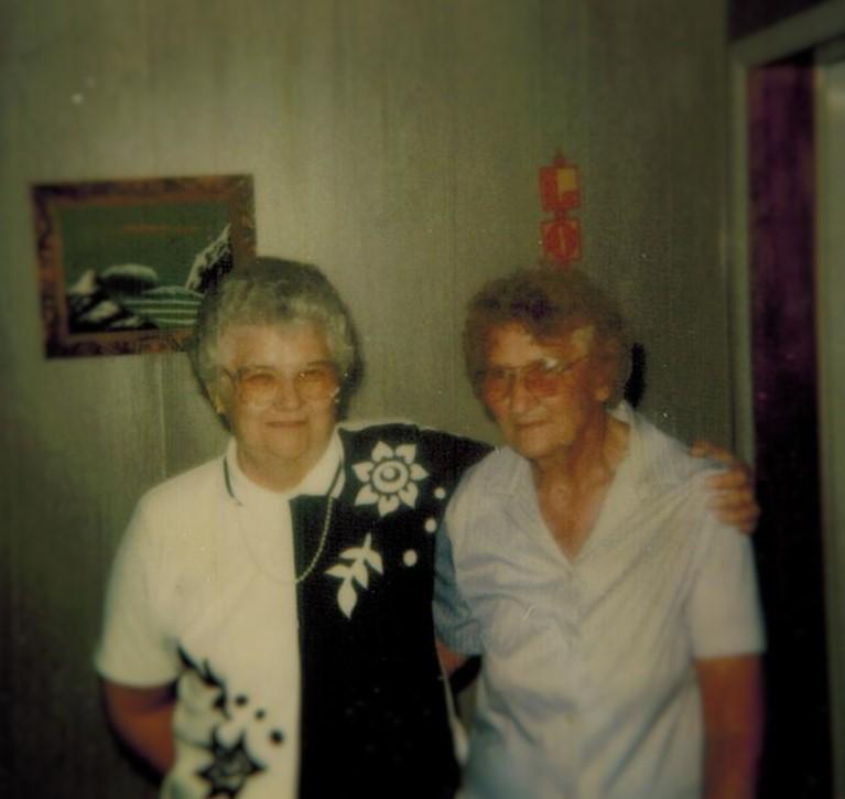 Wanda & Leona (2)