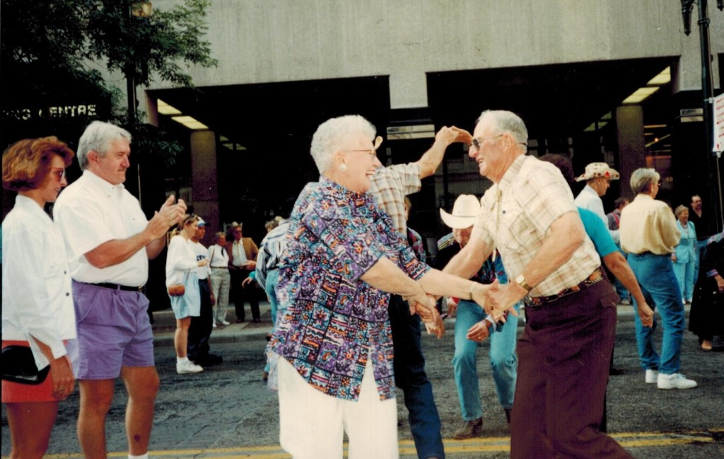 Square Dancing 101 Dolores and Lee in Calgary 1994