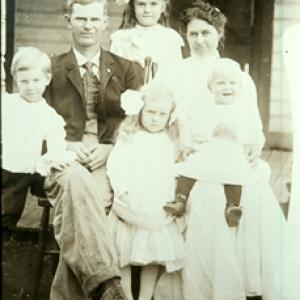 Lud Thompson Family