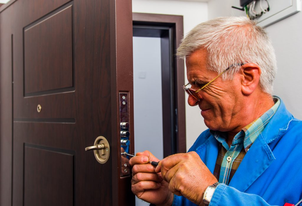 deadbolt-lock-install-in-oceanside-deadbolt-lock-install-deadbolt-lock-install-in-oceanside-ny