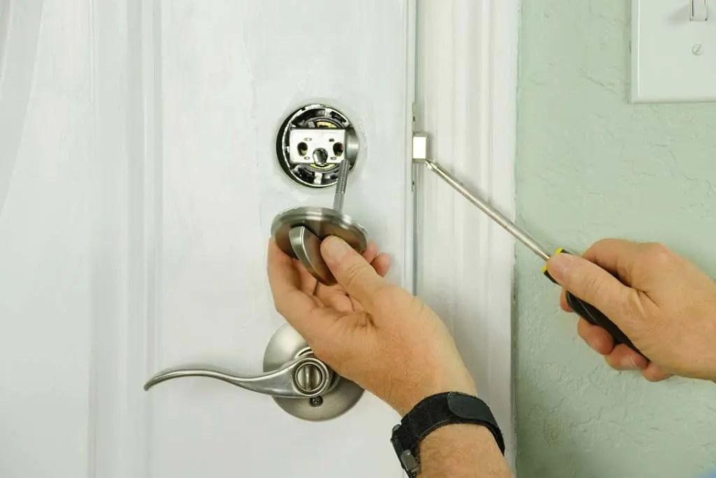 bedroom-lockout-in-oceanside-locked-bedroom-door-bedroom-lockout-in-oceanside-ny-bedroom-lockout
