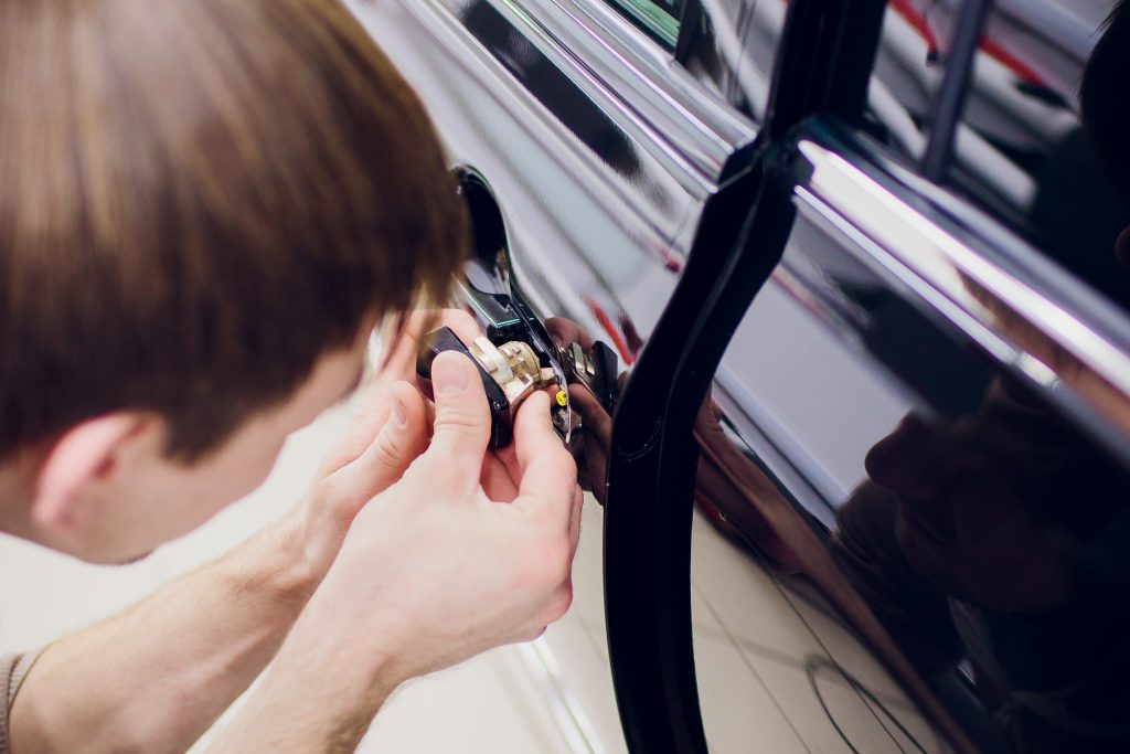locksmith-car-nassau-county-office-new-york-lockout-locks-automotive-ny-car-locksmith-key-11572-home-auto-house-oceanside-automobile-lock