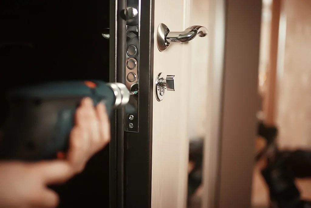 house-24-hour-nassau-county-lockout