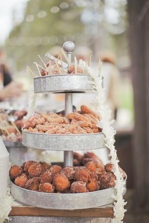 7 Alternative Wedding Cake Ideas