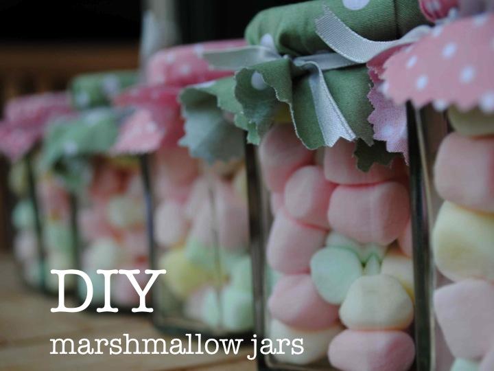 Super cute DIY marshmallow jars ♥