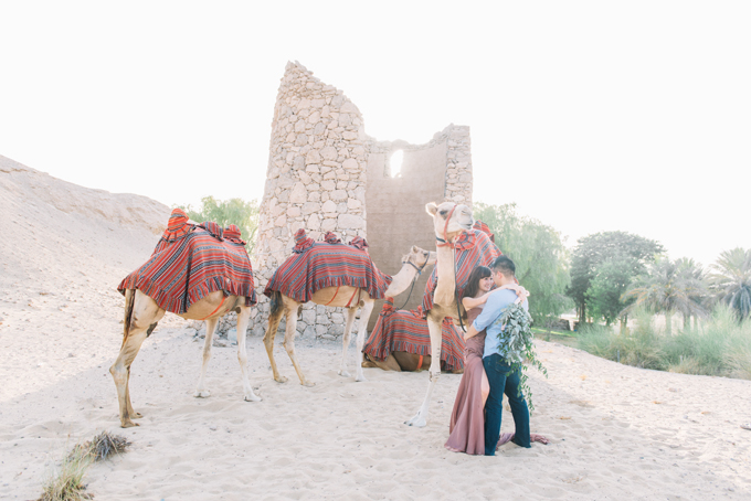 Kenny & Ivy – An engagement shoot with a camel and some florals.