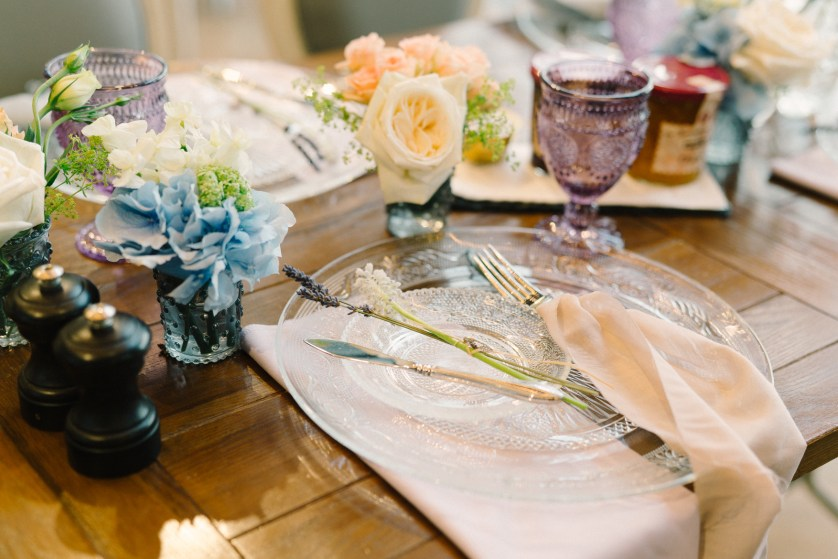 PARTY SOCIAL – My go to vendor for table top rentals + linens!