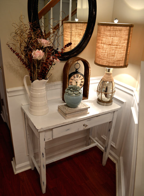 """DIY Shabby Chic Table"""