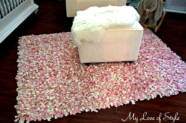 Diy shag rag rug tutorial my love of style my love for Modelos de alfombras hechas a mano