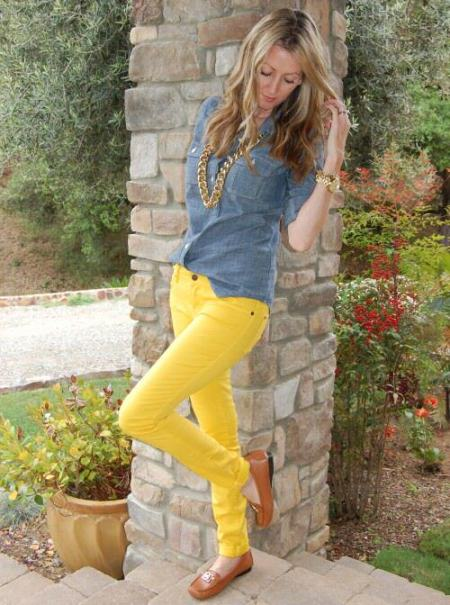 chambray Shirt with Yellow Skinny Jeans
