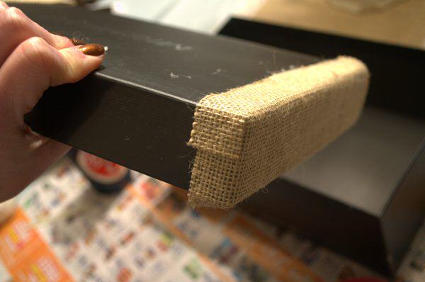 glue burlap onto lid