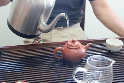 Marinating the tea pot