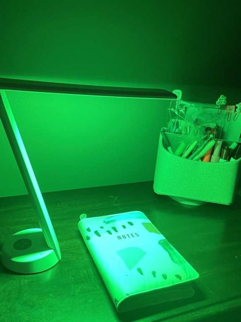 green light therapy for migraine