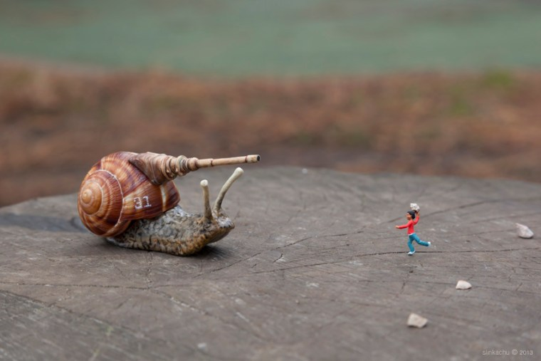 Artiste-Photographie-Slinkachu-Play-Fighting