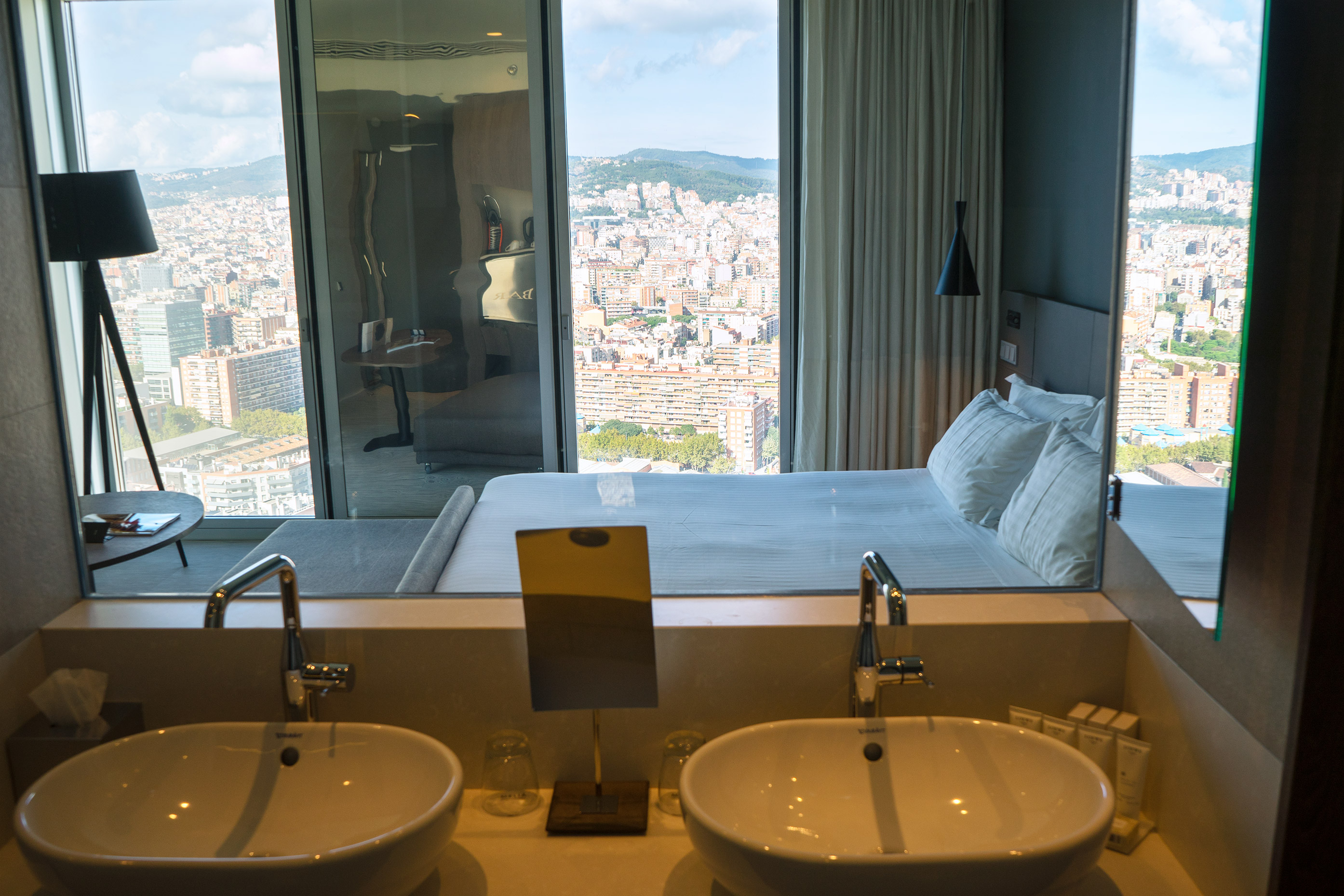 Level Melia Barcelona Sky Bedroom View From Bathroom