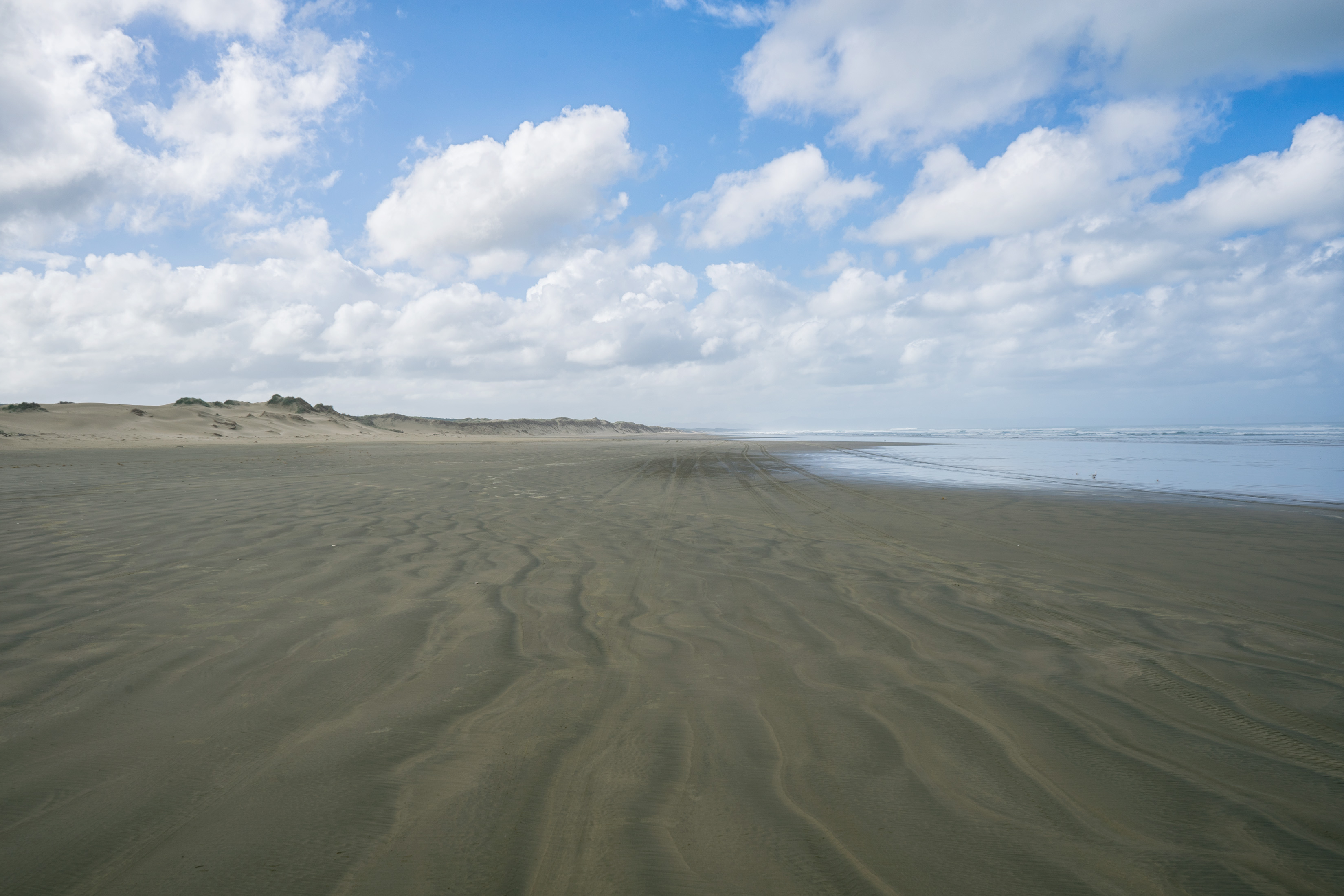 Ninety Mile Beach Empty