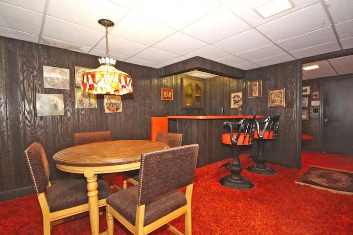 Untouched 1970s House Preserved as Psychedelic Time