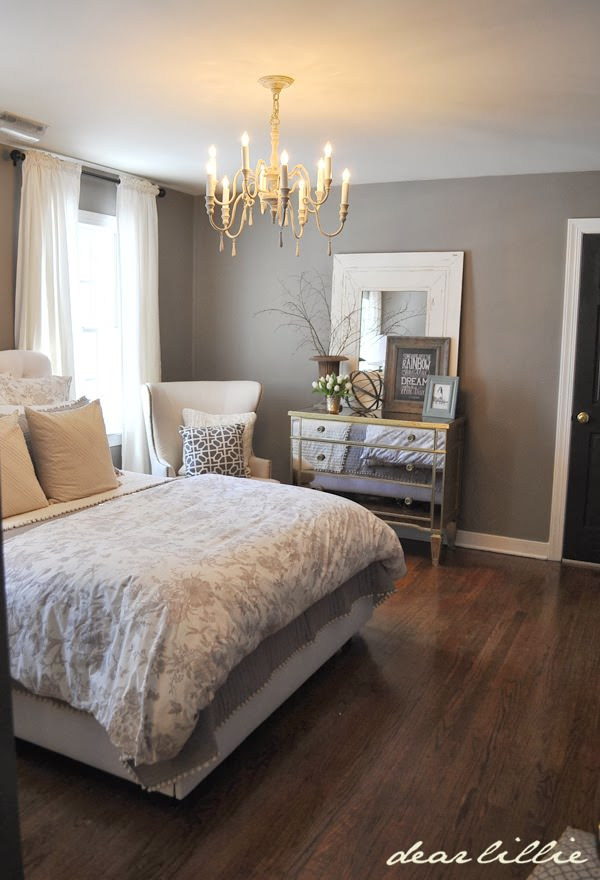A tall mirror leaning against a wall can expand your space and dress the room without hanging, and you'll always be able to find a use for it in a new home. 20 beautiful guest bedroom ideas - My Mommy Style