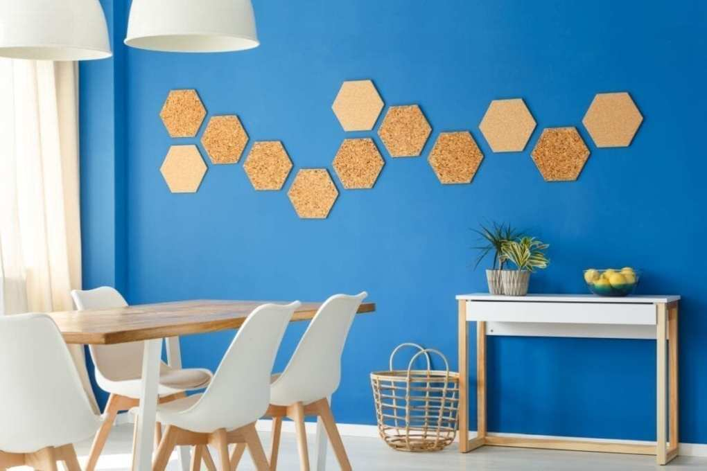 Honeycomb design on blue dining room wall