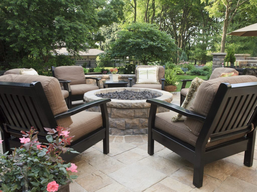 12 Small Backyard Landscaping Ideas For Your Outdoor Oasis Mymove