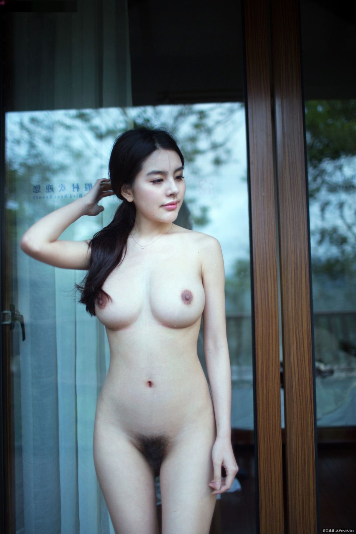 Nude chinese girl photo