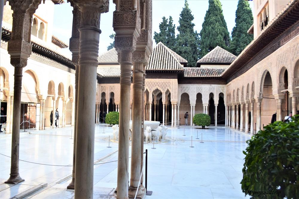 palais nasrides alhambra grenade