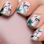 nail art - flowers polish