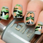 camouflage nails with foils