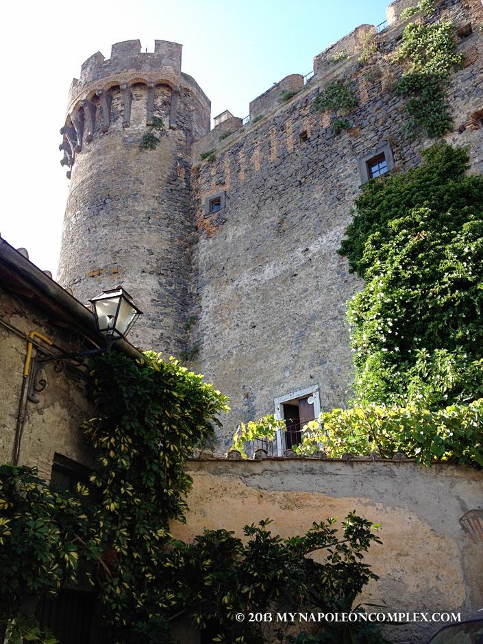 Castello Orsini-Odescalchi looming over the Bracciano streets.
