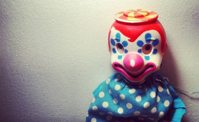 clown, fear, child, scared, issues,