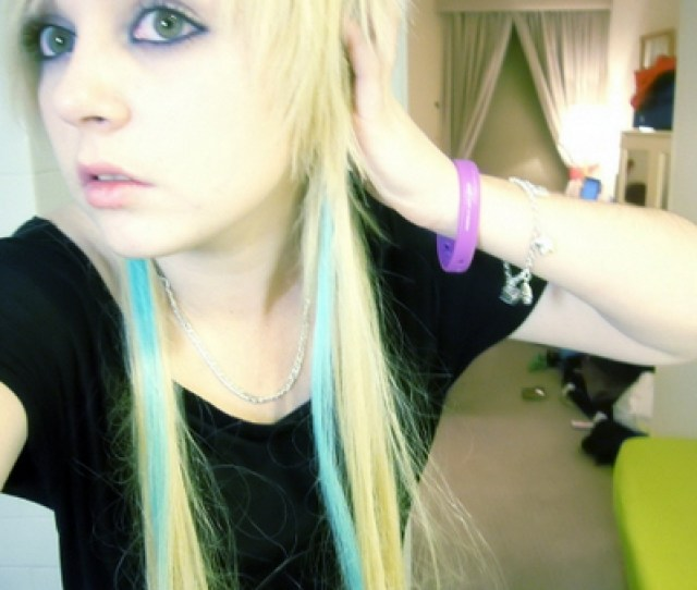 Emo Hair Styles With Image Emo Hairstyle Emo Girl