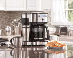 amilton Beach Single Serve Coffee Brewer and Full Pot Coffee Maker, 2-Way (49980A)