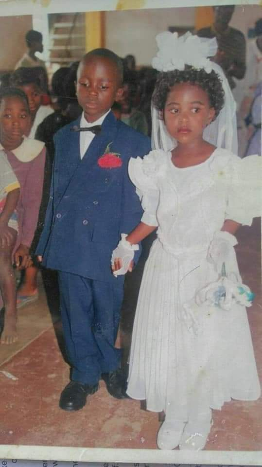2021 bride & groom go viral after featuring in Primary 2 school drama as wedding couple 3