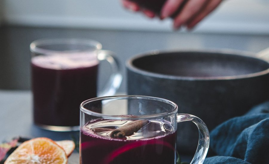 Gløgg | Healthy Mulled Wine for Christmas