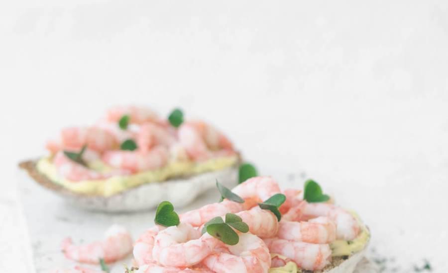 Smørrebrød with Prawns & Mayonnaise