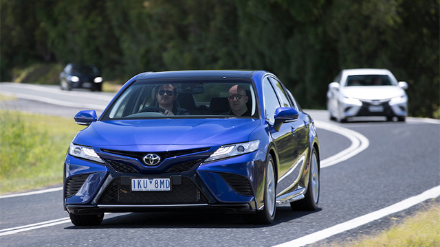 all new camry 2018 review all-new 2019 toyota corolla altis sedan mundane no more the nrma blue mobile banner