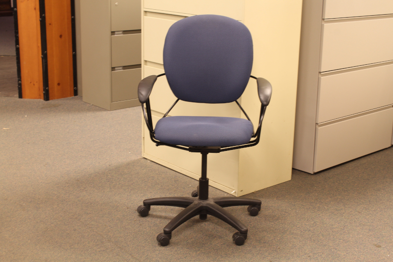 Used Steelcase Uno High Back Desk Chair  Office Furniture