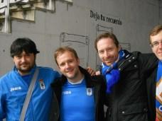 Sid Lowe (middle)